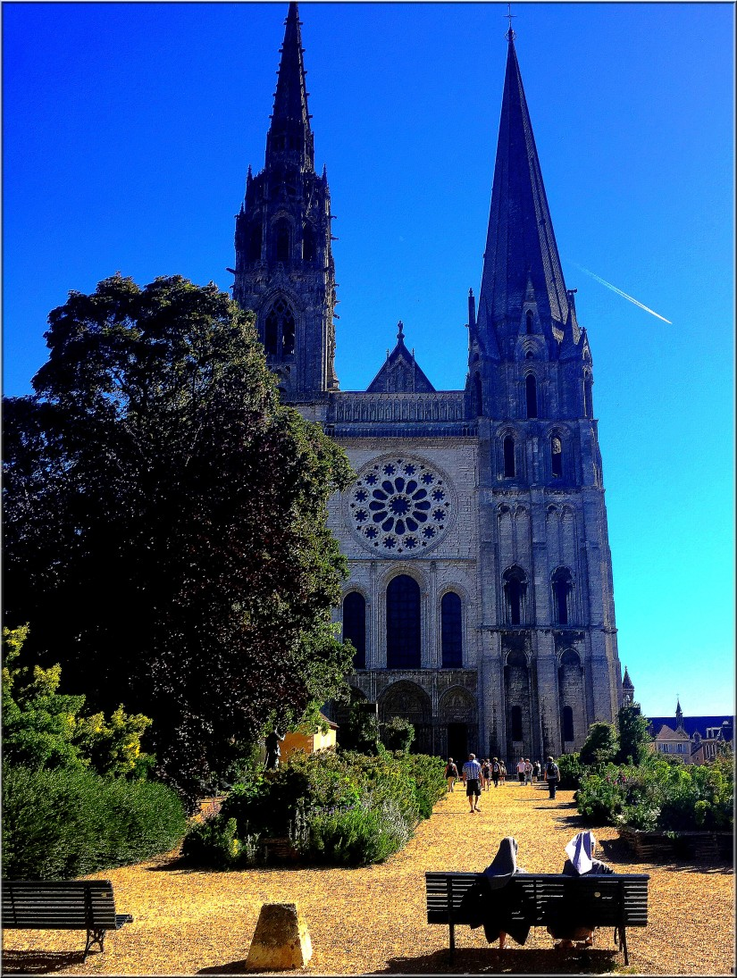 cathedral of chartres myweekinchartres.jpg